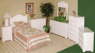 beadboard wicker furniture